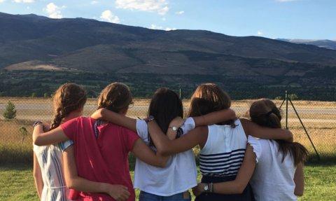 CAMINEM JUNTS: Projectes, somnis i reptes que tenim a l'abast per acompanyar els nostres fills.